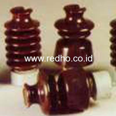 5027985_s_3500417_line-post-insulator-